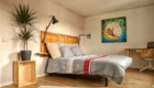 Chambre double avec son lit Queen size